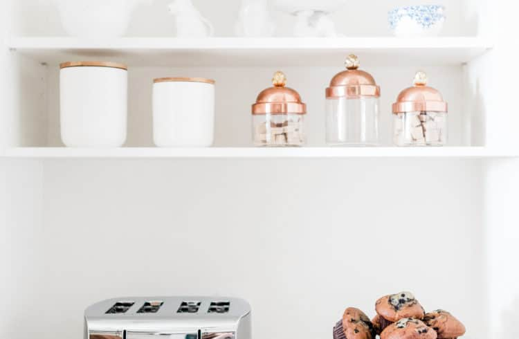 Minimalistic kitchen | Clear the Clutter